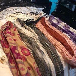 Multicolor scarves